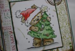 Weihnachtskarte Bär mit Baum b