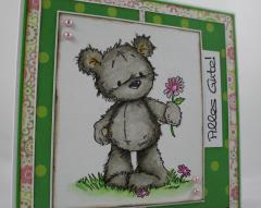 Grußkarte Bär mit Blume 2